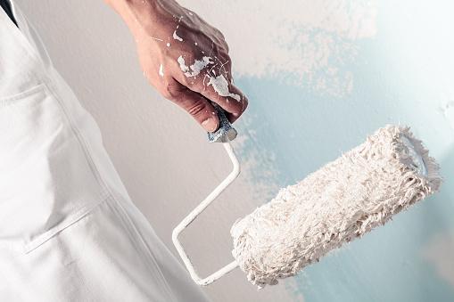 Do Professionals Paint Better?